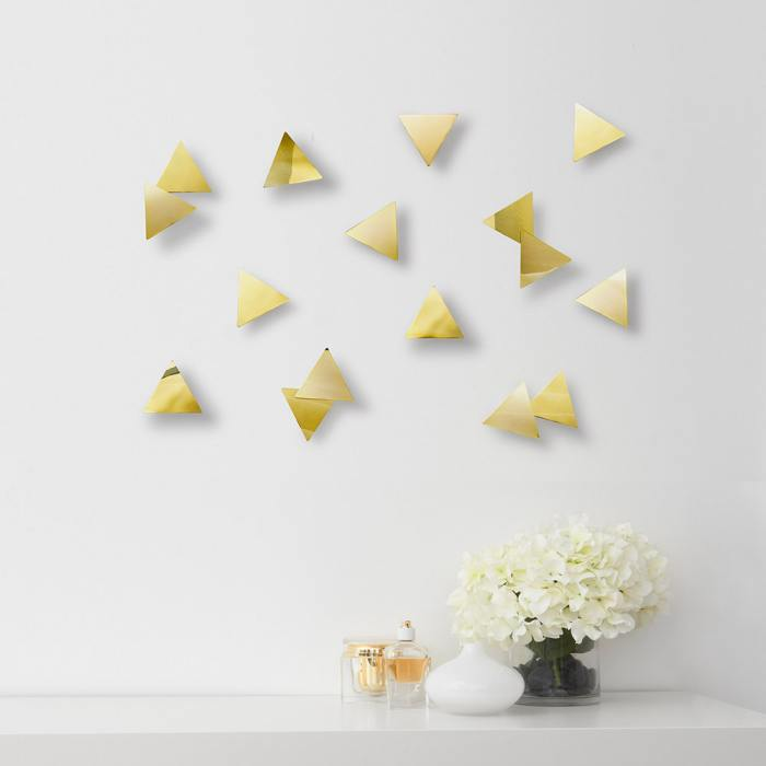 фотография Декор для стен CONFETTI TRIANGLES латунь  - 2250 р.