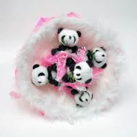 фото Букет из игрушек розовые панды
