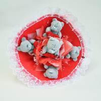фото Букет из игрушек мишки Тедди Love красный с кружевом